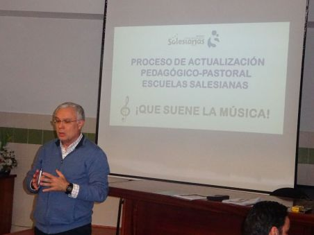 Colegio San Juan Bosco Que suene la Música (1)